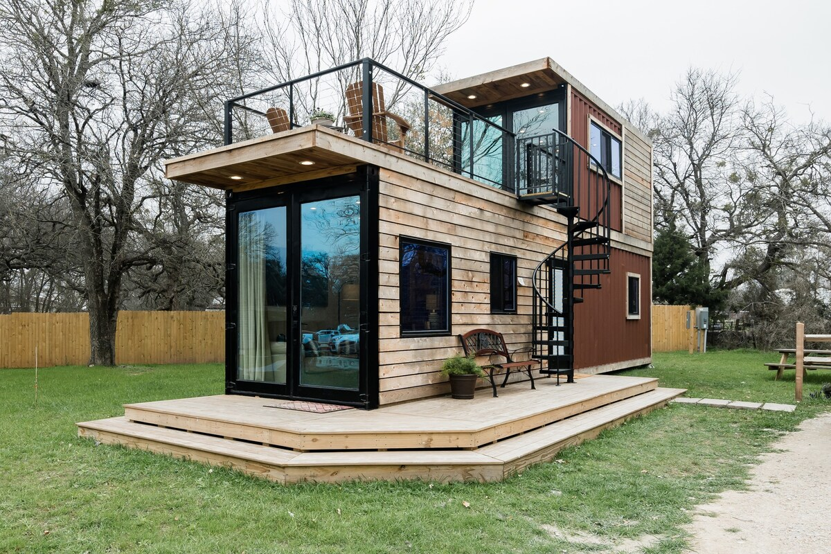 Tiny House Made of Two Containers