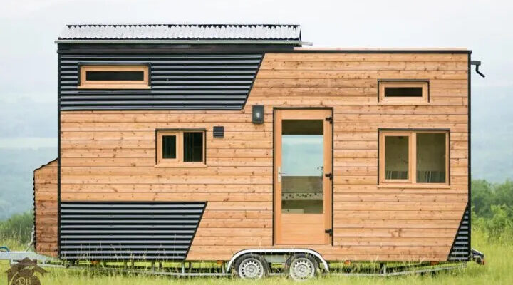 Cecile Tiny House by Optinid
