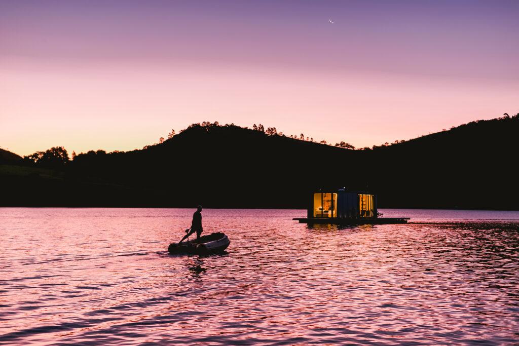 Floating House WaterlilliHaus 14