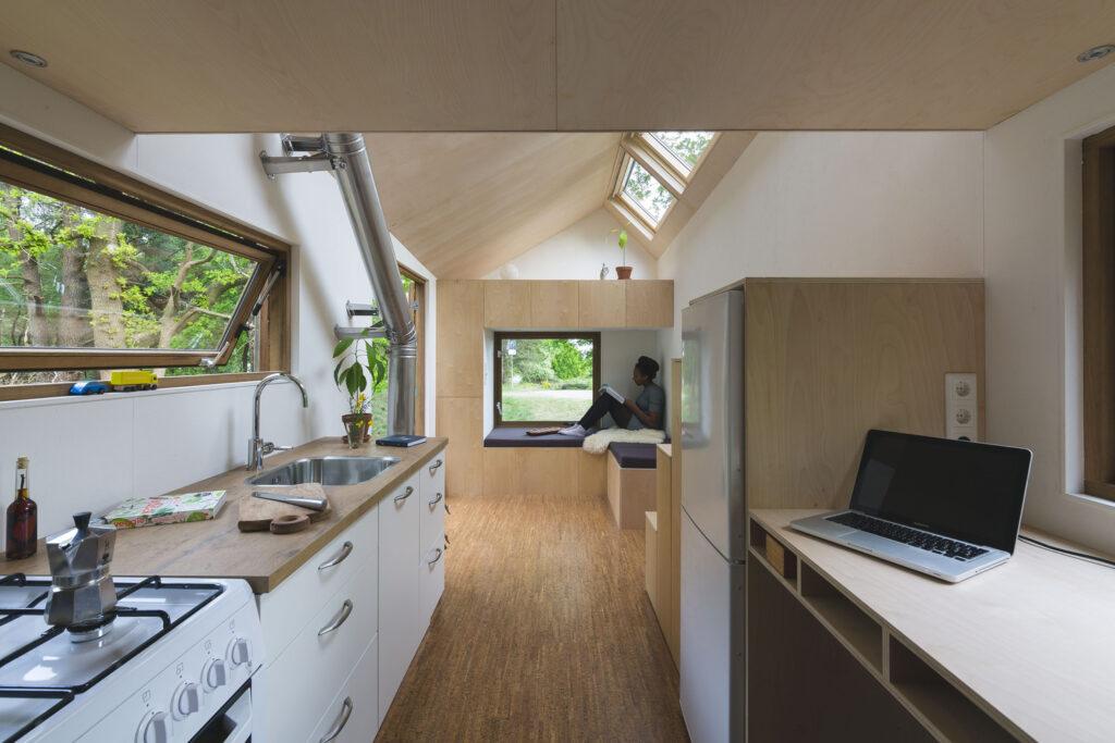 Stunning Contemporary Design Tiny House 12