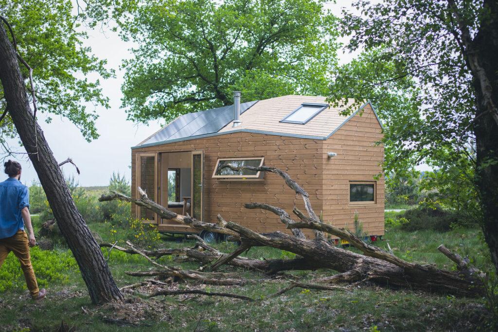 Stunning Contemporary Design Tiny House 7