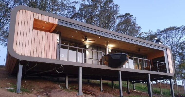 Gary Power's Modern Design Shipping Container House