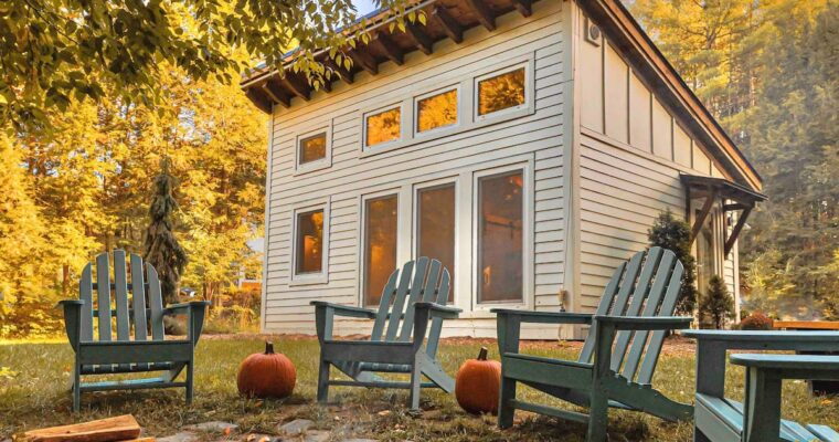 Honeycrisp Cottage in a Unique Nature View