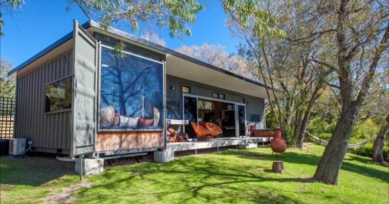 Simon Howard's Wonderful Australia Container Home