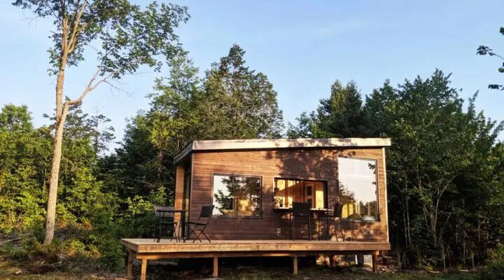 Mica Tiny House by Cabinscape